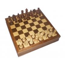 Шахматы в ларце